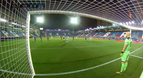 هدف أول ل ريال سوسيداد (ميكيل أويارزابال)