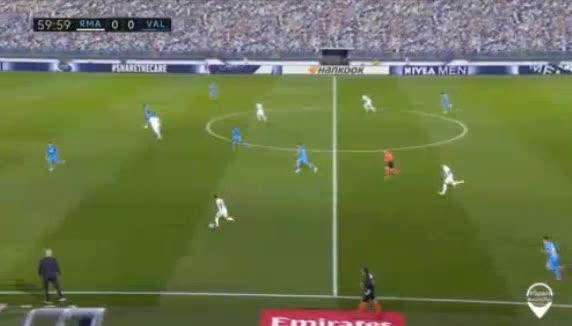 هدف أول ل ريال مدريد (كريم بنزيما)
